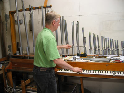 Rick Morrison demonstrates the sound of a sample oboe